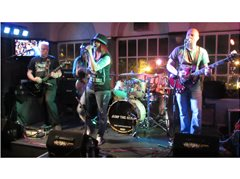 Singer Required for Gigging Pub Band (Rock Covers)