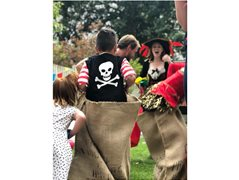 Experienced Actors and Performers for Children's Parties