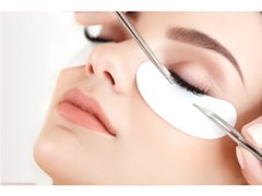 Volume Eyelash Extension Model Wanted. With Experienced Lash Therapist.