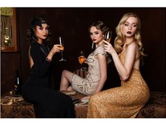 Glamorous Actresses Needed For Luxury Ad
