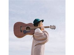Distinctive Female Singer Required for Collaboration