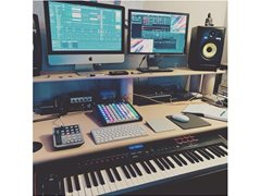 Producer Seeks Singers, Bands to Produce Records