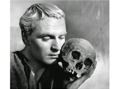 Actors & Shakespeare Enthusiasts to be Interviewed About Hamlet