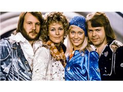 Abba Tribute: Looking for Agnetha, Björn, Benny
