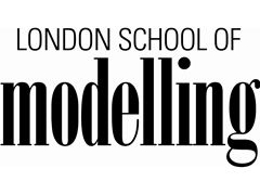 Experienced studio make up and hair stylists wanted - London