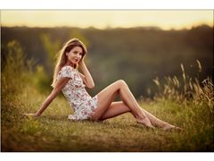 Female Model Required for an Outdoor Natural Light TFP Shoot