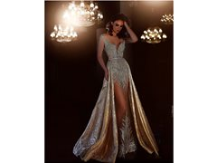 Fashion Stylist Required for Model to Promote Ball Gown/Evening Gown