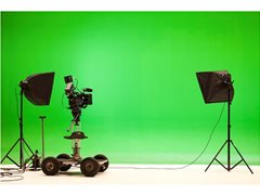 Presenters Required for Short Online Video - £200