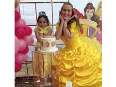 Bright & Bubbly Female Kids Entertainers Wanted