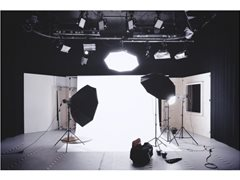 Male & Female Presenters Required for Building/Electronics Supplier Series