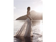 Female Model Required for Outdoor Bridal Photoshoot £400