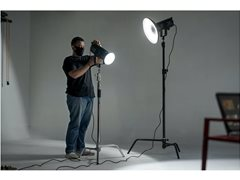 Lighting Assistant for Photographic Shoot