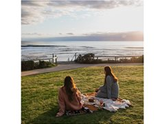 Young Newcastle Locals Needed for Lifestyle Shoot - $2000 each!
