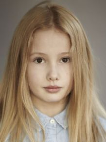 Eliza H | London, United Kingdom | Actor, Model, Musician