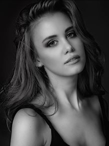 Esma V | Victoria, Australia | Actor, Model, Dancer