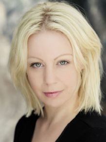 Katharine Simblet | London, United Kingdom | Actor