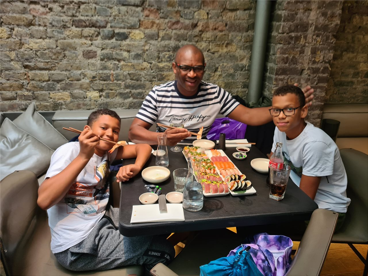 London Shushi time with the boys
