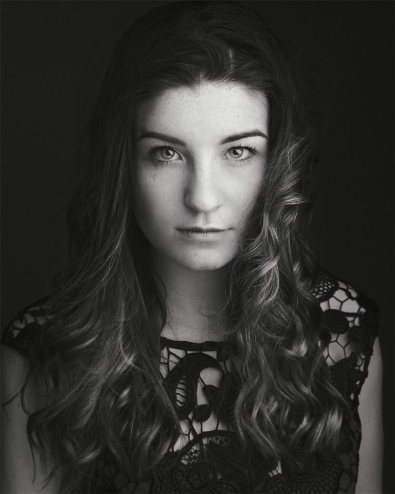 molly dore is an actor  extra and model based in portsmouth  united kingdom