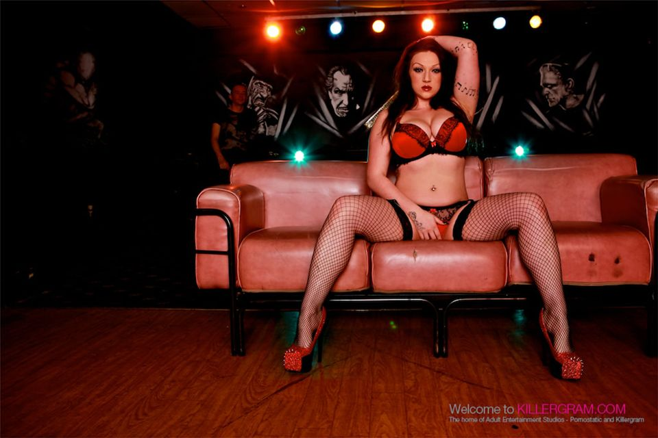 Killergram harmony reigns is used by mistress and big cock stud 6