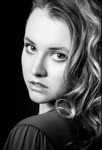 Lauren Lane is an Actor, Extra and Model based in ...